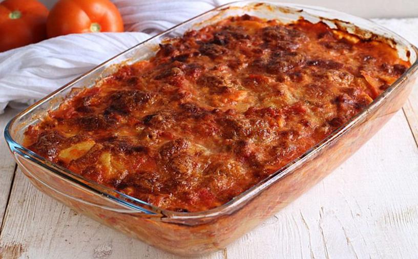 Lasagnes aux pommes de terre Un plat avec une saveur forte