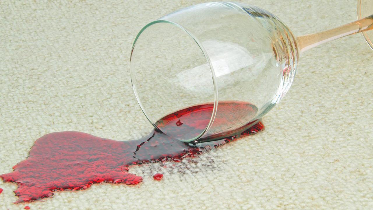 Voici comment enlever facilement les taches de vin