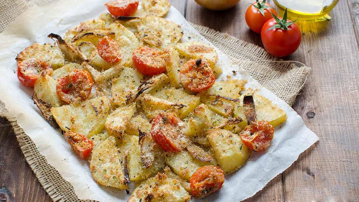 Pommes de terre aux tomates cerise gratinées