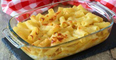 Gratin de pâtes au fromage au four (4 fromages)