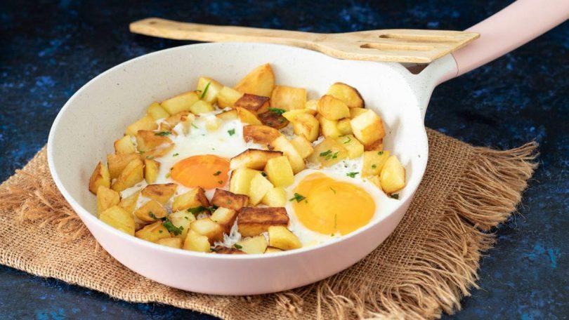 Poêlée de pommes de terre croustillantes aux œufs