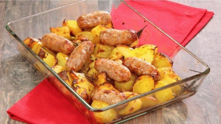 Recette saucisse et pommes de terre au four