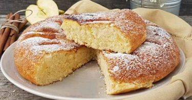 Tarte aux pommes poêlée, simple et moelleuse sans four !