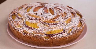 Gâteau aux pêches et mascarpone recette facile 🍑